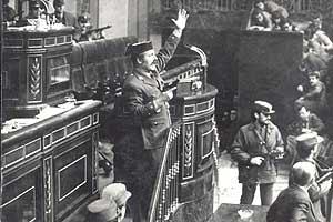 El 23-F: ¿Fue el Rey el salvador de la democracia?